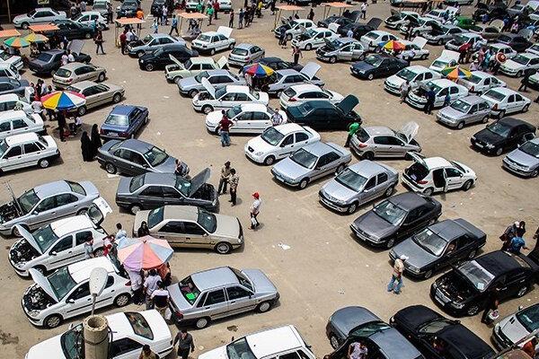 بازار خودرو آرام است