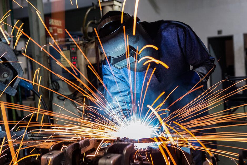 مقررات زدایی به اندازه رفع تحریمها براقتصاد ایران اثرگذار است