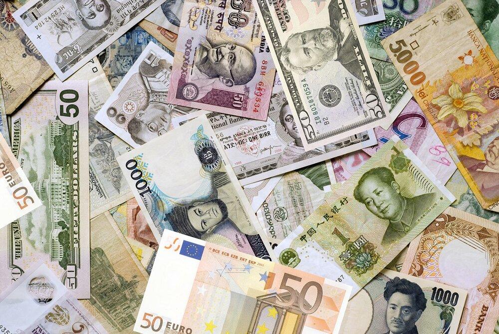 نرخ رسمی یورو و ۲۸ ارز دیگر کاهش یافت