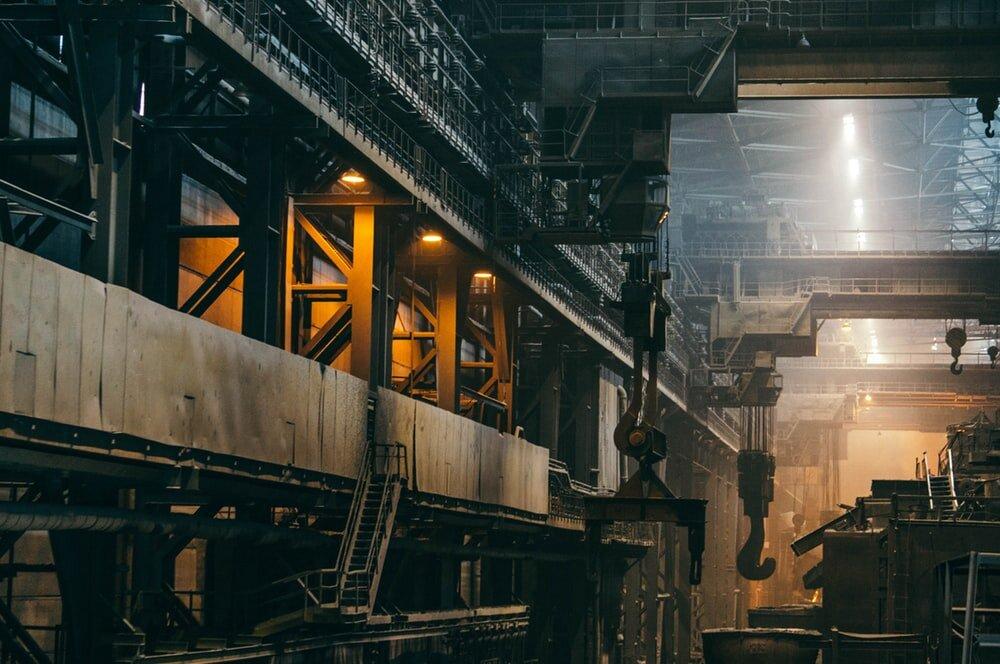 فولادسازان: تعطیلی صنایع فولاد بازنگری شود