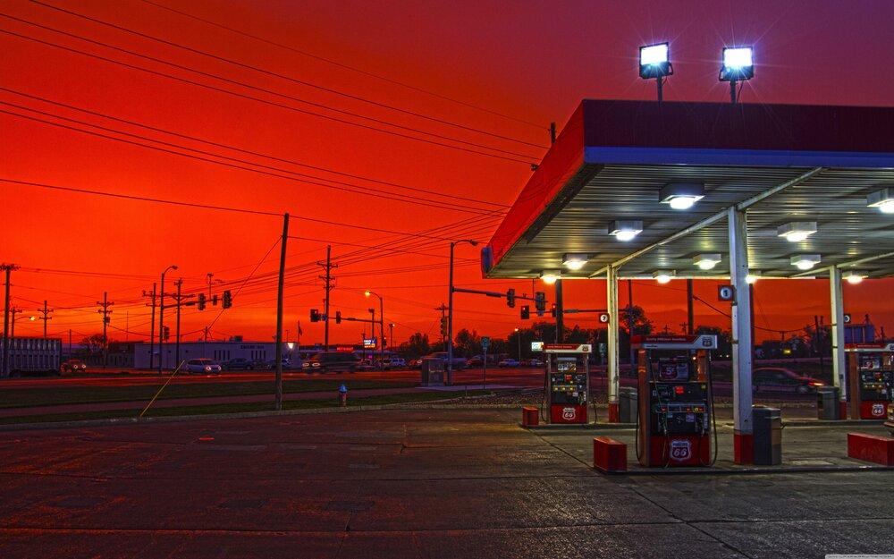وزیر نفت : شایعه گرانی بنزین جنگ روانی است