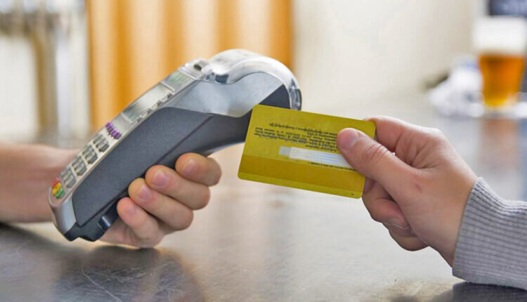 سهم هر ایرانی چند کارت بانکی است؟
