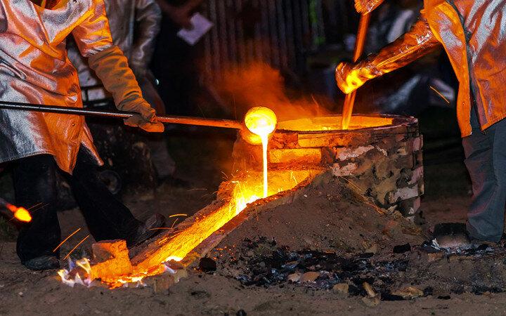 افزایش۲ برابری قیمت آهن و فولاد