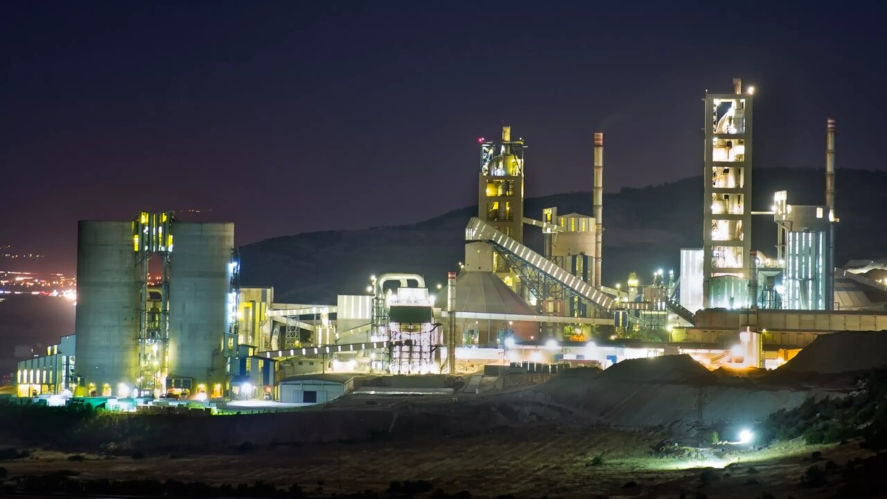 تامین ۷۵درصد نیاز برق صنعت سیمان