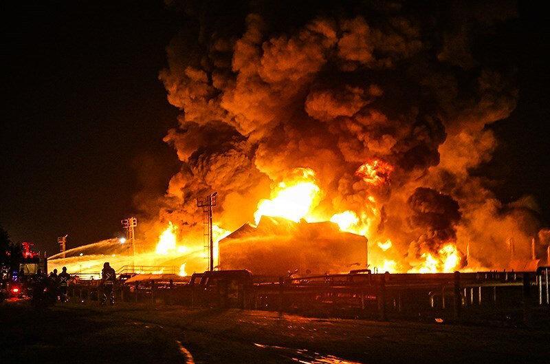 چرا پالایشگاه تهران دچار آتش سوزی شد؟