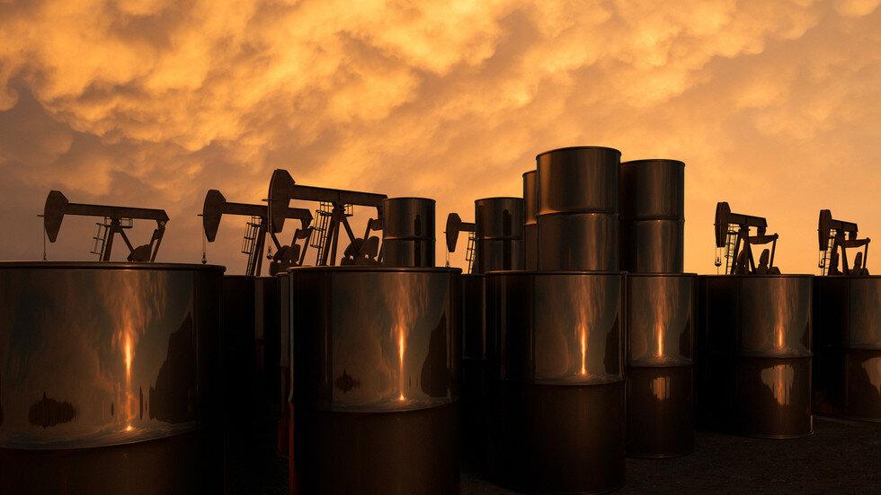 ادامه ریزش قیمت جهانی نفت