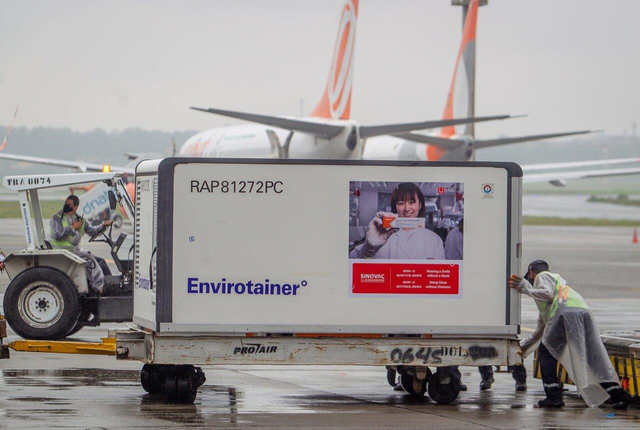 واردات حدود ۲۱ میلیون دُز واکسن کرونا